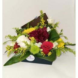 Cutie mixt de flori si...